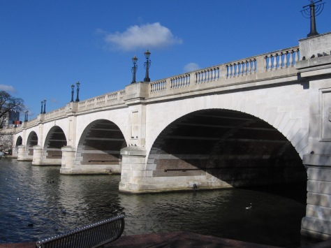 Kingston_Bridge,_Kingston,_Surrey