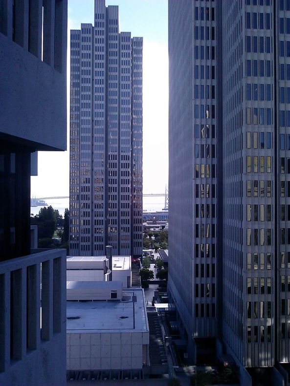 San_Francisco_towers_and_angles