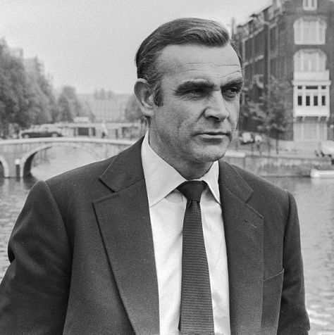 Sean_Connery_1971_(cropped)