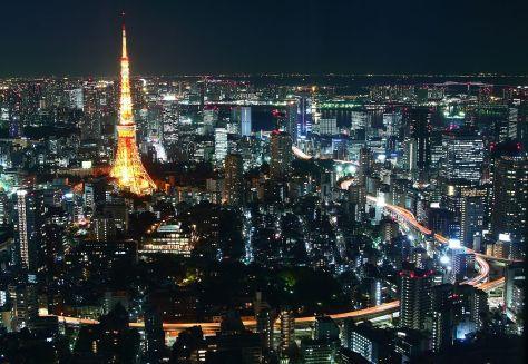 Tokyo_Tower_at_night_8