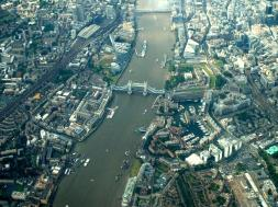 Tower-bridge-air