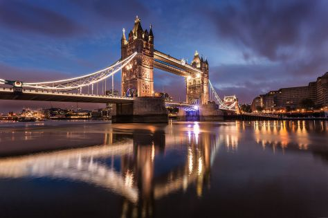 Tower_Bridge_at_Dawn
