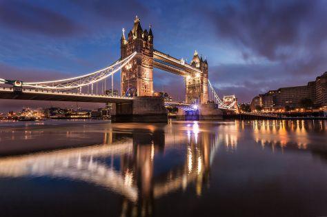 Tower_Bridge_at_Dawn