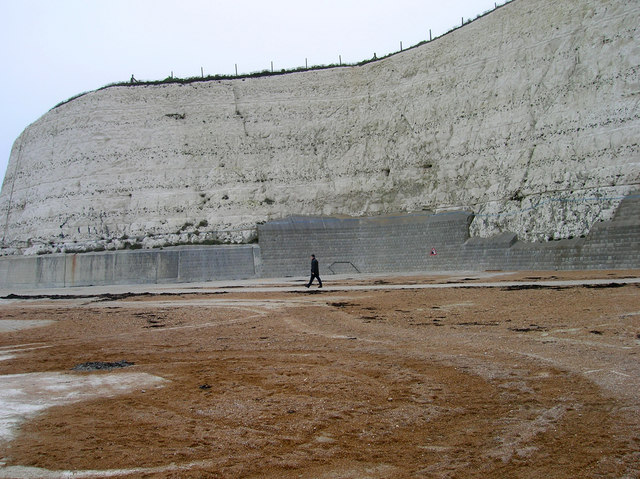 Undercliff_Walk,_Rottingdean_-_geograph.org.uk_-_298484