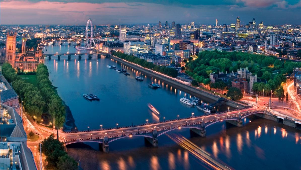 Vauxhall Bridge the-view-at-sky-loft-london-optimised
