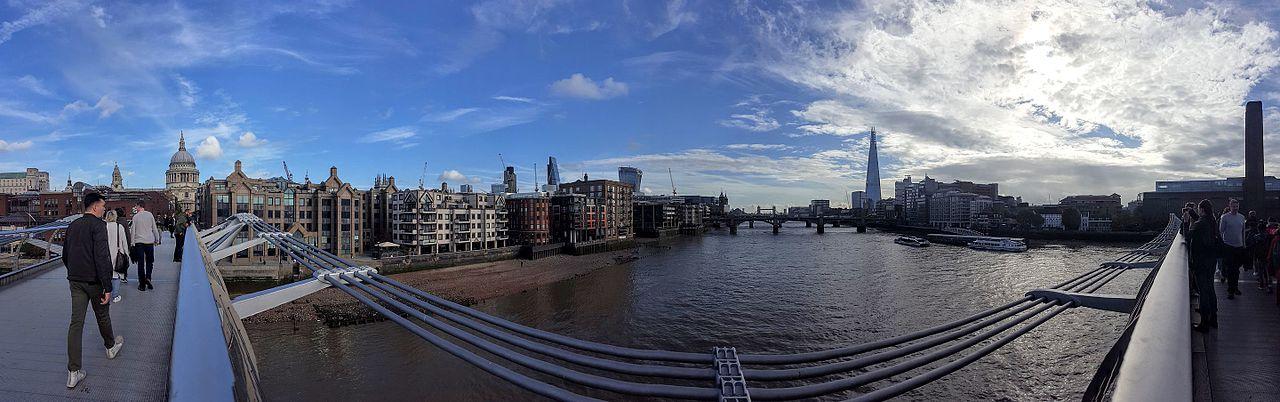 View_from_Millenium_bridge_04_Panorama