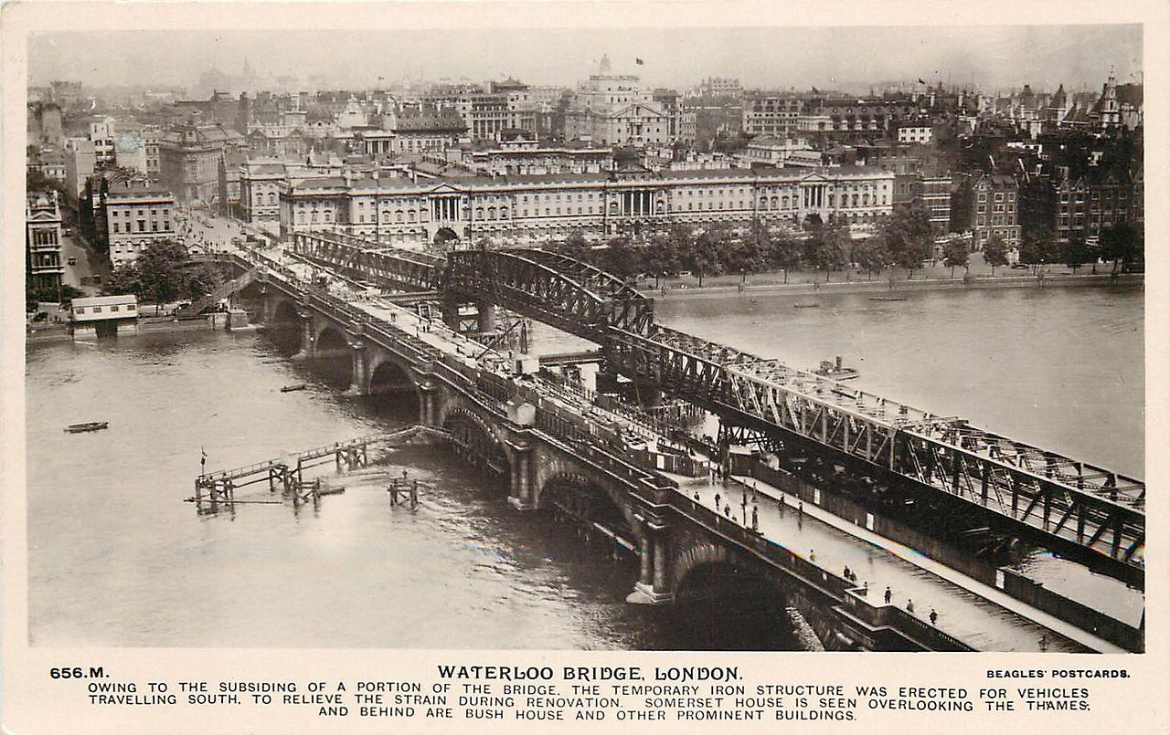 Waterloo_Bridge,_about_1925_01