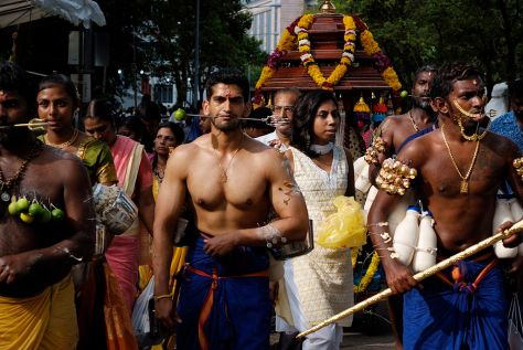 1024px-A_day_of_devotion_–_Thaipusam_in_Singapore_(4316108409)