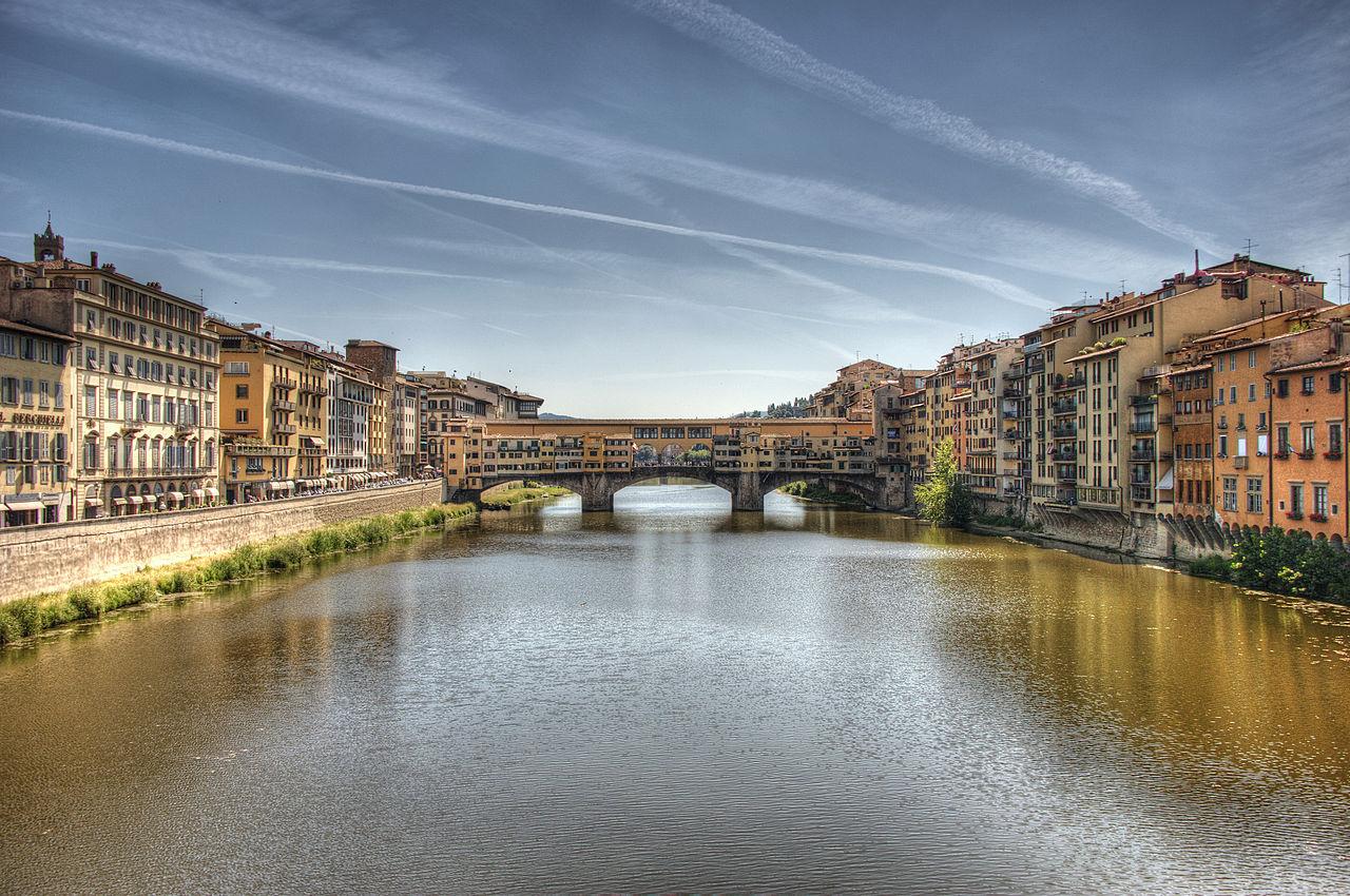 1280px-Arno_River_and_Ponte_Vecchio,_Florence