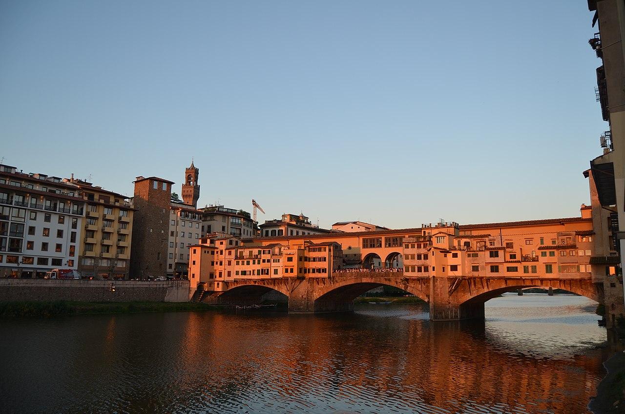 1280px-Ponte_Vecchio_During_Sunset