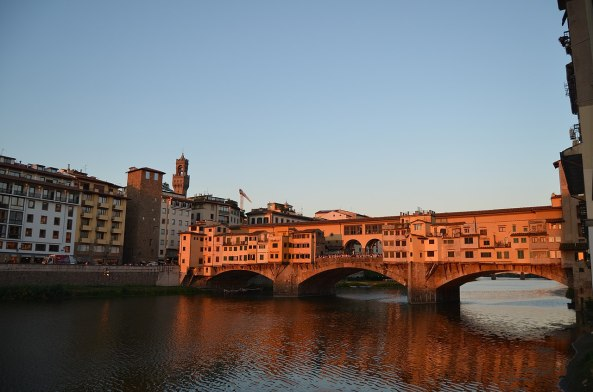 1280px-Ponte_Vecchio_During_Sunset