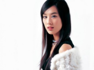 21-huang-shengyi-698x523
