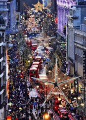 2384B35600000578-2861766-Researchers_found_that_standing_for_two_hours_on_Oxford_Street_i-a-2_1417772750428