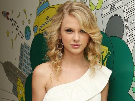 5. Taylor Swift-09