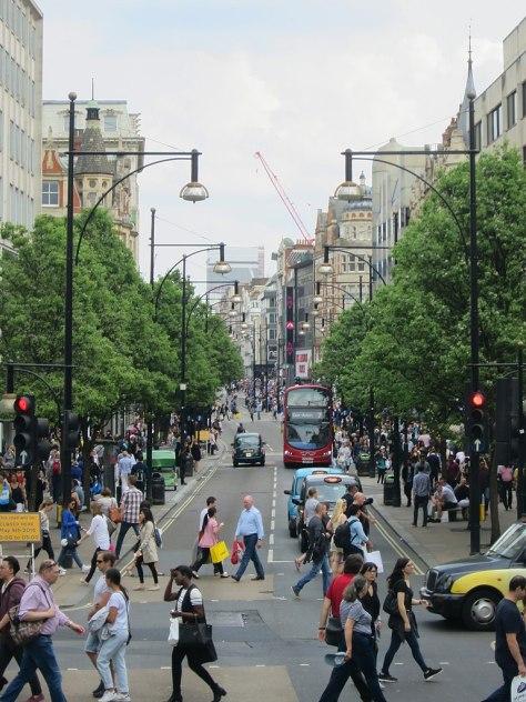 768px-Oxford_Street_(geograph_4949395)