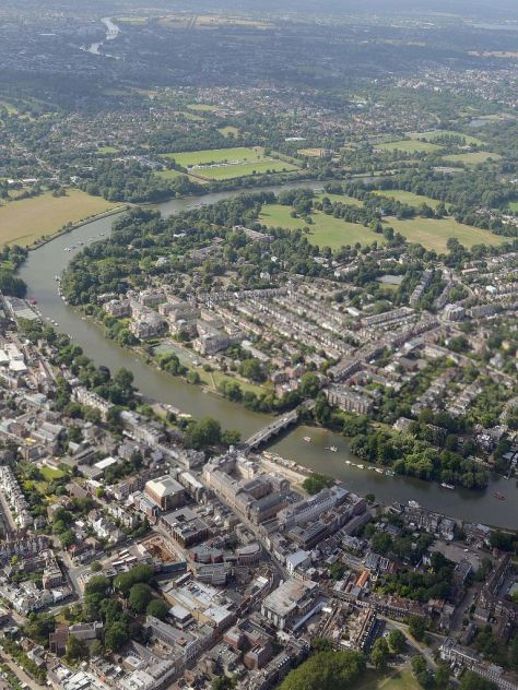 Cmglee_London_Richmond_aerial