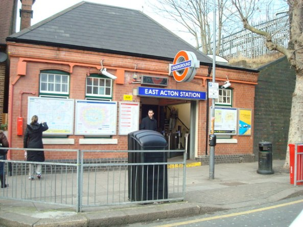 East_Acton_Underground_Station_-_geograph.org.uk_-_1145940
