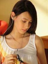 Isabella Leong 09