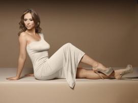 Jennifer Love Hewitt 0