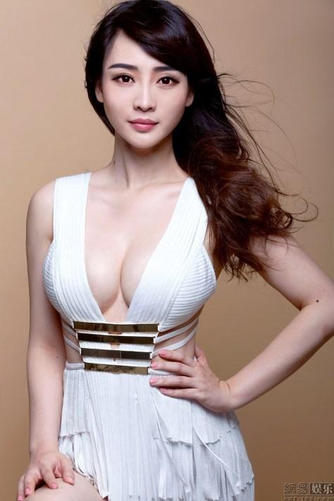 Liu Yan 03