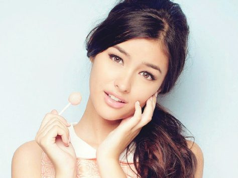 Liza Soberano HD Pictures