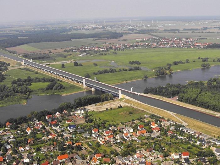 magdeburg-water-bridge3[2]