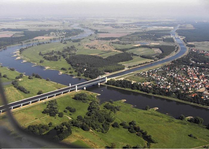 magdeburg-water-bridge5[2]