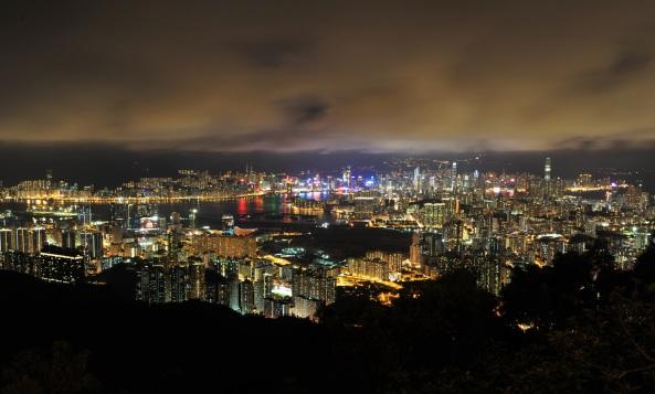 Panorama.5-1_hong_kong_aerial_panorama_night_2011