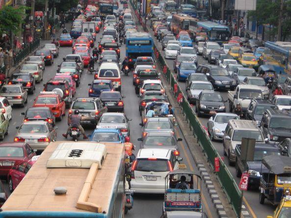 1024px-Bangkok_traffic_by_g-hat