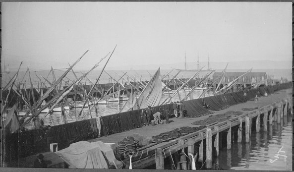 1024px-Photograph_of_Fisherman's_Wharf_in_San_Francisco,_California,_ca._1891_-_ca._1891_-_NARA_-_513106