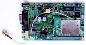 1024px-RouterBoard_112_with_U.FL-RSMA_pigtail_and_R52_miniPCI_Wi-Fi_card