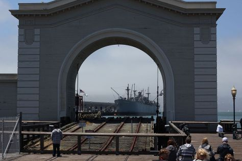 1024px-San_Francisco_Pier_39_Old_Port_Gate