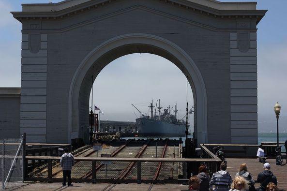 1024px-San_Francisco_Pier_39_Old_Port_Gate
