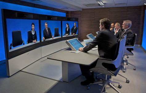 1024px-Tandberg_Image_Gallery_-_telepresence-t3-side-view-hires