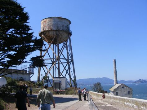 1024px-The_Water_Tower_Alactraz