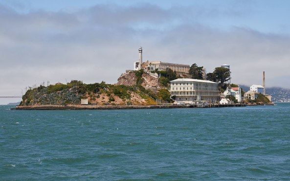 1280px-Alcatraz_Island_as_seen_from_the_East