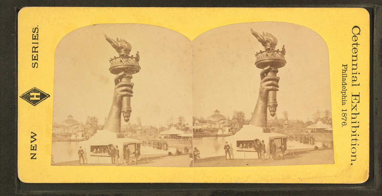 1280px-Collossal_hand_and_torch._Bartholdi's_statue_of_-Liberty.-,_from_Robert_N._Dennis_collection_of_stereoscopic_views