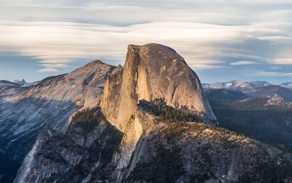1280px-Half_Dome_from_Glacier_Point,_Yosemite_NP_-_Diliff