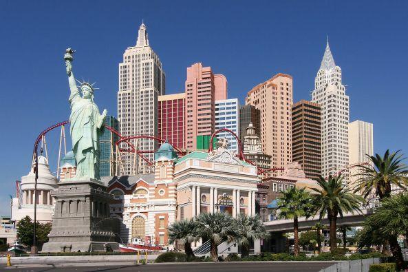 1280px-Las_Vegas_NY_NY_Hotel