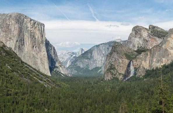 1280px-Tunnel_View,_Yosemite_Valley,_Yosemite_NP_-_Diliff