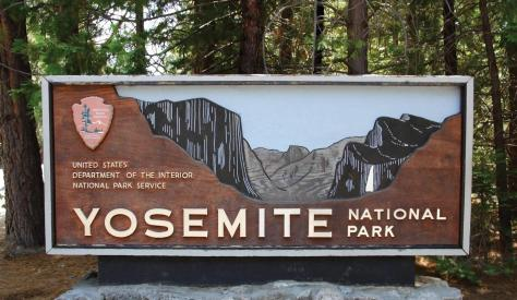 2016-10-03-1475526209-8346328-YosemiteEntrance1500x872