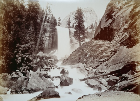 8._The_vernal_fall,_Yosemite_valley