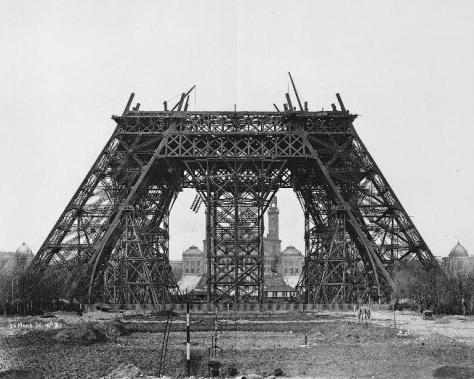 Construction_tour_eiffel3