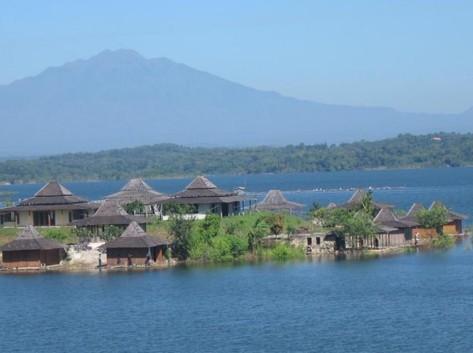 destinasi-wisata-sragen-10. Waduk Kedung Ombo