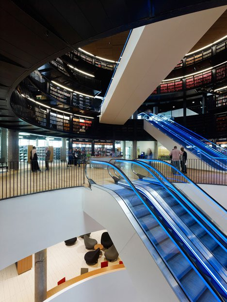 dezeen_Library-of-Birmingham-by-Mecanoo_37