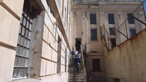 Exterior_of_the_alcatraz_jailhouse