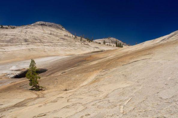 Glacially_polished_granite