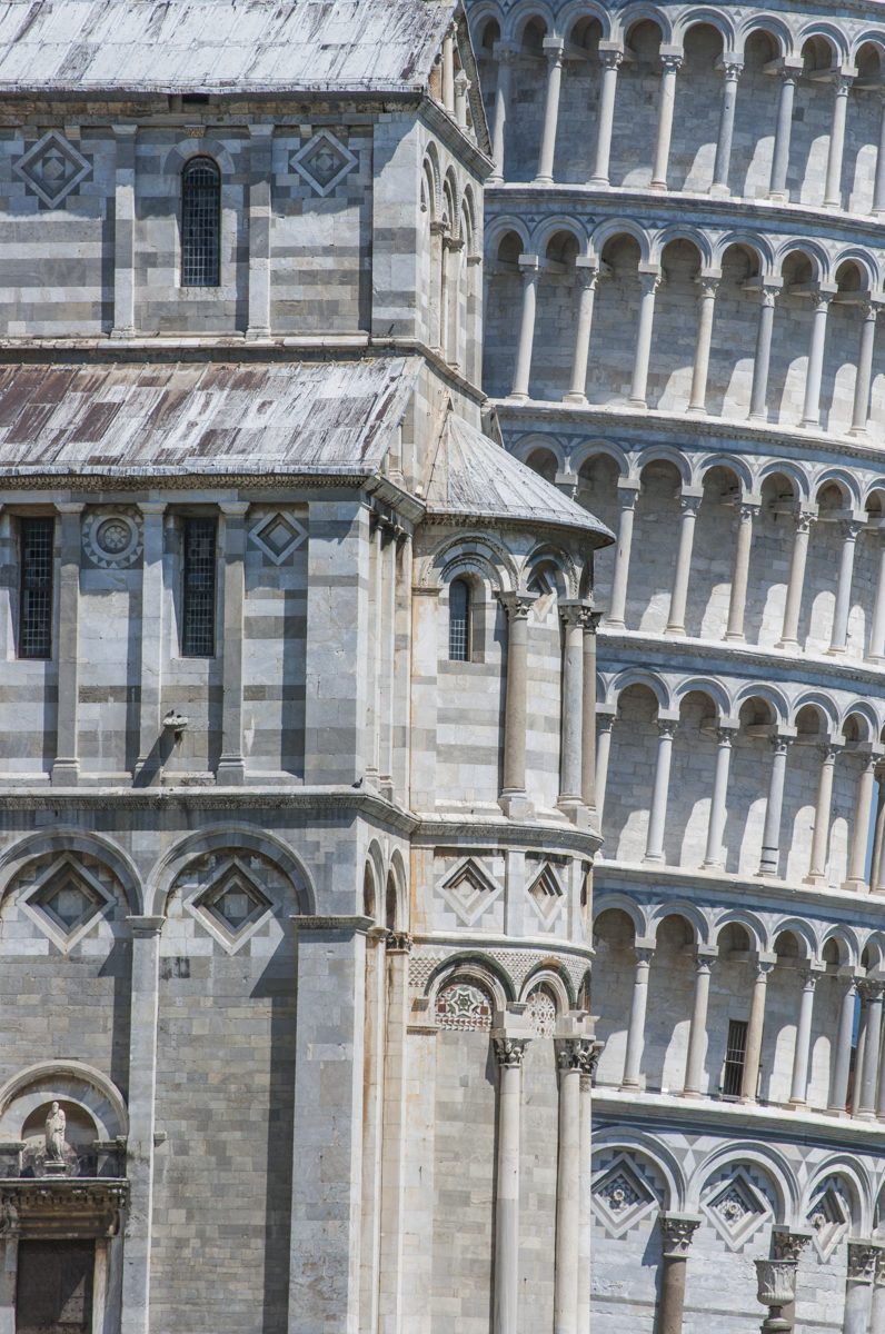 Leaning_Tower_of_Pisa,_Italy