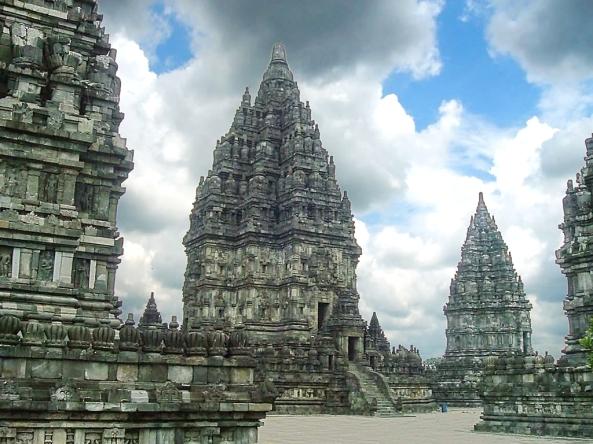 Prambanan_Shiva_Temple (1)