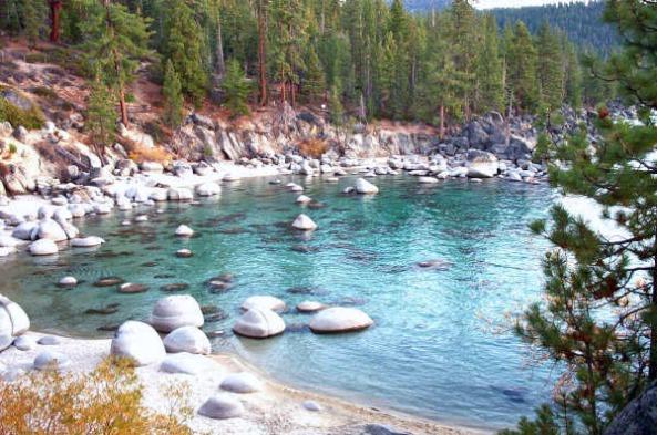 Secret_Beach_-_Lake_Tahoe_East_Shore